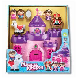 Castillo infantil con figuras